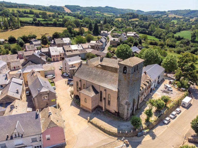 L'église de Arvieu